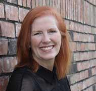 Suzi Danton headshot